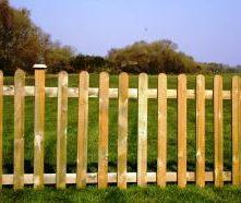 Timber-Wooden-Picket-Fencing-Dorchester-Dorset