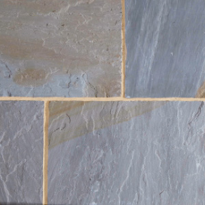 YORKSHIRE-BLEND-SANDSTONE-SLABS-PAVING-DORCHESTER-DORSET